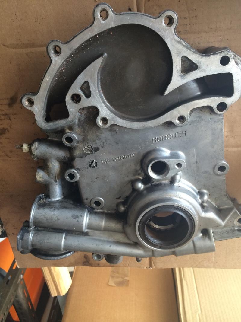 fuite d'huile...remplacement joint d'étanchéité - Couvercle avant (chaîne de distribution) V8 4.6 à partir AM99 Img_8216
