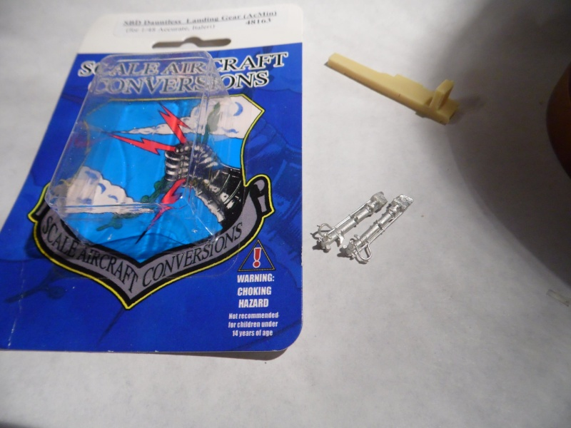 A-24 banshee (kit revell - 1/48 du sdb dauntless ) - Page 6 Sam_0522