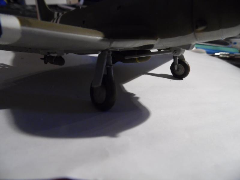 A-24 banshee (kit revell - 1/48 du sdb dauntless ) - Page 6 Sam_0525
