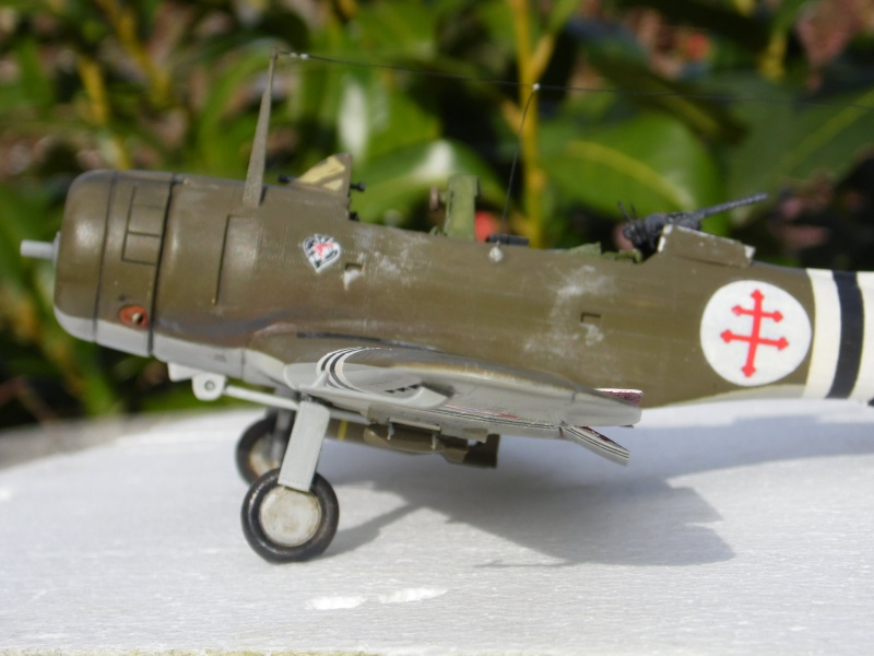 A-24 banshee (kit revell - 1/48 du sdb dauntless ) - Page 8 Sam_0551