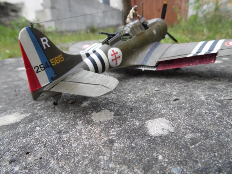 """Douglas A-24 Banshee du 1/18 """"vendée"""" (projet AA) Sam_0587"""
