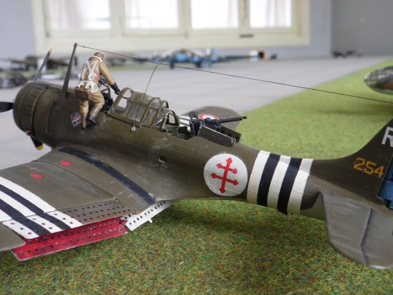 """Douglas A-24 Banshee du 1/18 """"vendée"""" (projet AA) Sam_0593"""