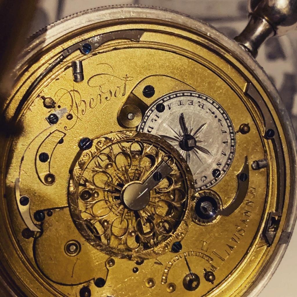 -Qt - Vos fonds de montre sans sous-titres - Page 9 002f4810