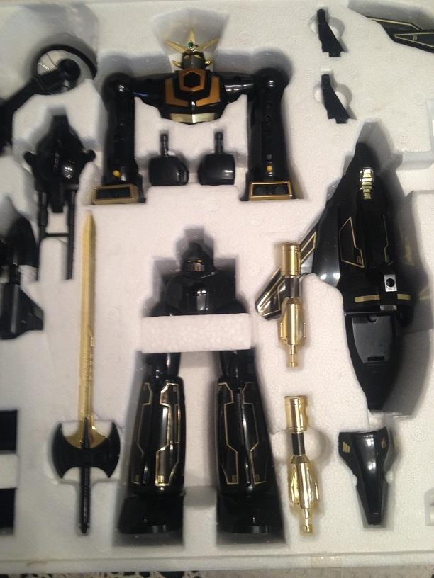 Super Getter Robot Go - Dx YUTAKA Black Version Img_3752