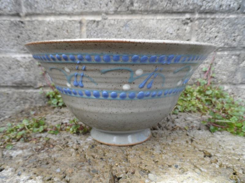 Slipware pottery bowl for identification help??? Sam_2710