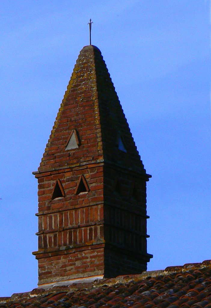 Ferme bressane, mire de cheminée sarrasine, costume traditionnel bressans. A_259110