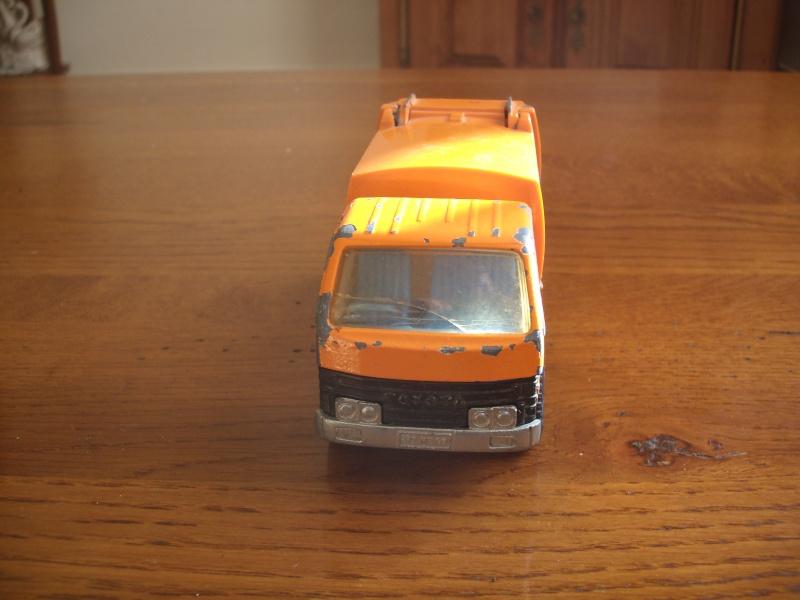 N°3037 Toyota Benne ordures Gedc2213