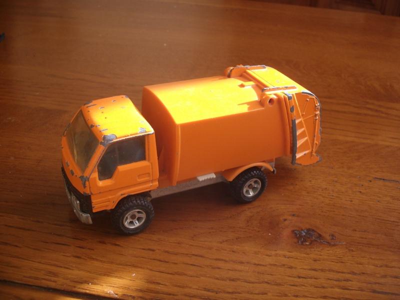 N°3037 Toyota Benne ordures Gedc2214