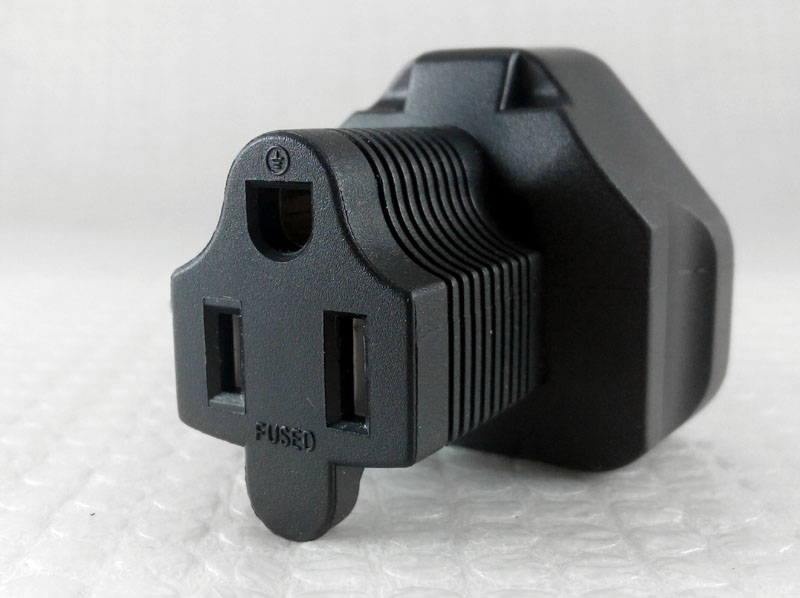 USA-UK 3 Prong Plug Adapter, US correct polarity, NEMA 5-15R receptable Yl3pin10