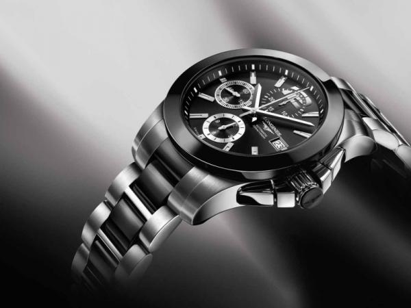 Une montre avec boîtier en céramique ? Longin11