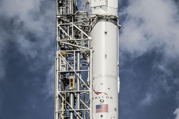 Lancement Falcon 9 / CRS-6 - 14 avril 2015 - Page 6 141