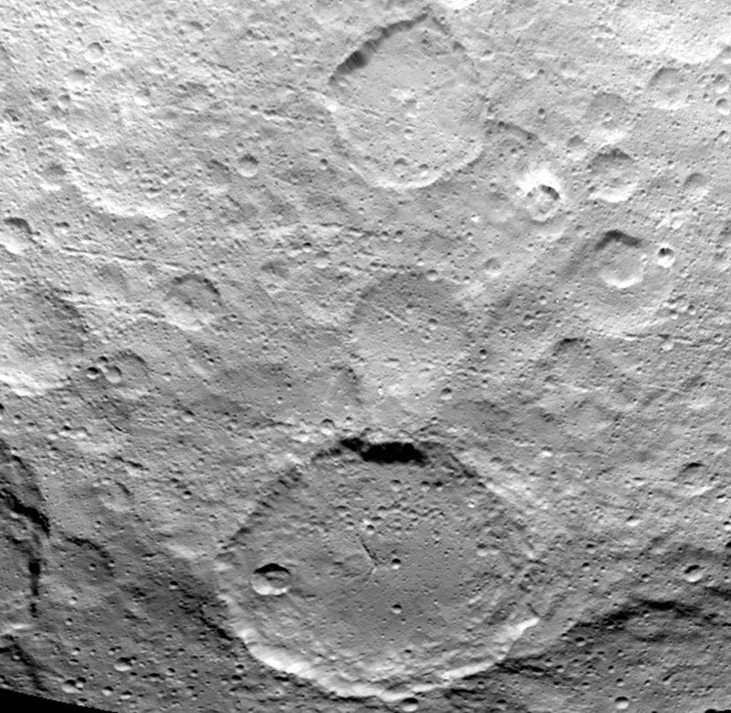 Dawn - Mission autour de Cérès - Page 14 190