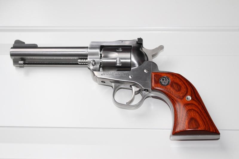 revolver Single10