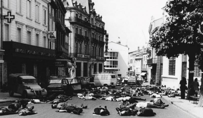 STREET VIEW : scène insolite à Mazamet Mazame10