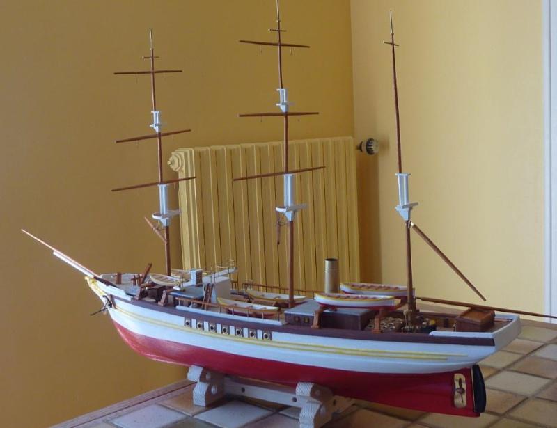 Le Pourquoi-Pas 1908 - Billing Boats - 1/75éme - Page 4 P1080123