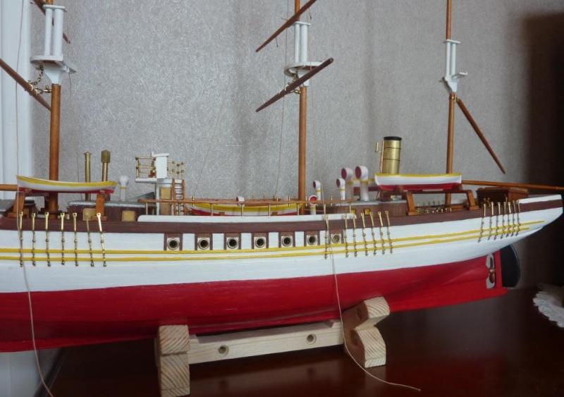 Le Pourquoi-Pas 1908 - Billing Boats - 1/75éme - Page 5 P1080219