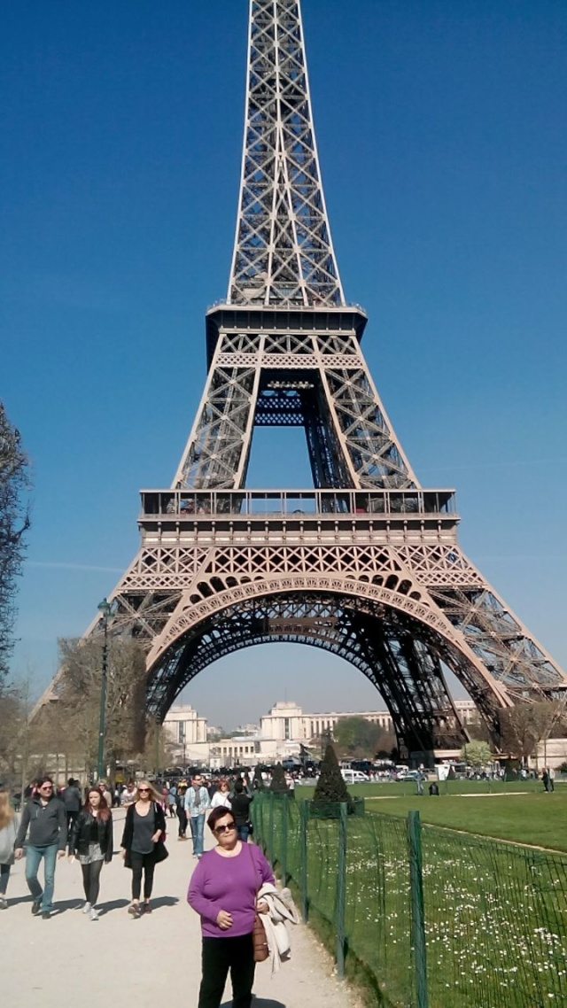 ------* SIEMPRE NOS QUEDARA PARIS *------ - Página 2 Img-2011