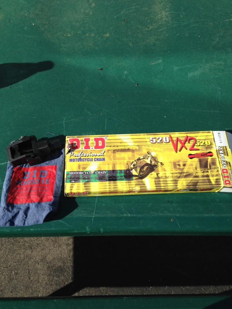 GOLD CHAIN and D.I.D chain rivet tool Jz2_0412