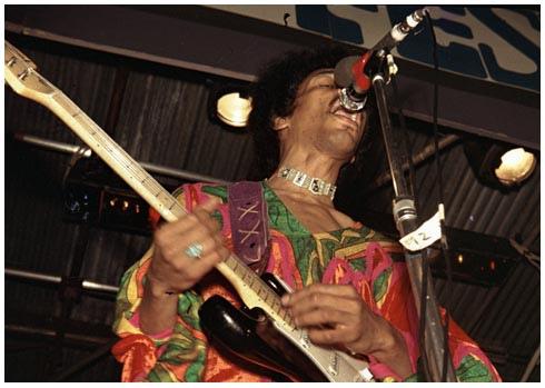 Blue Wild Angel: Jimi Hendrix Live At The Isle Of Wight (2002) 1970-026