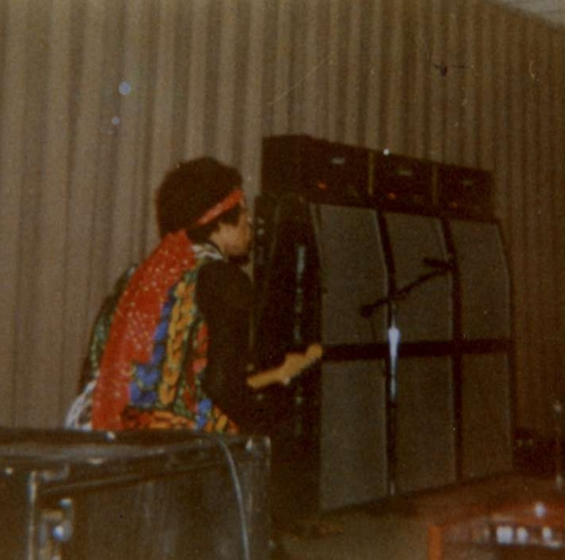 Norman (Field House, University Of Oklahoma) : 8 mai 1970 [Second concert]  1970-078