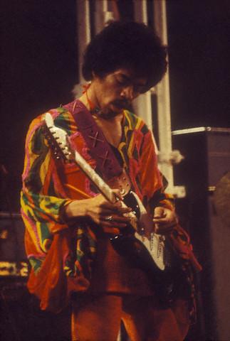 Blue Wild Angel: Jimi Hendrix Live At The Isle Of Wight (2002) Jimi_h10