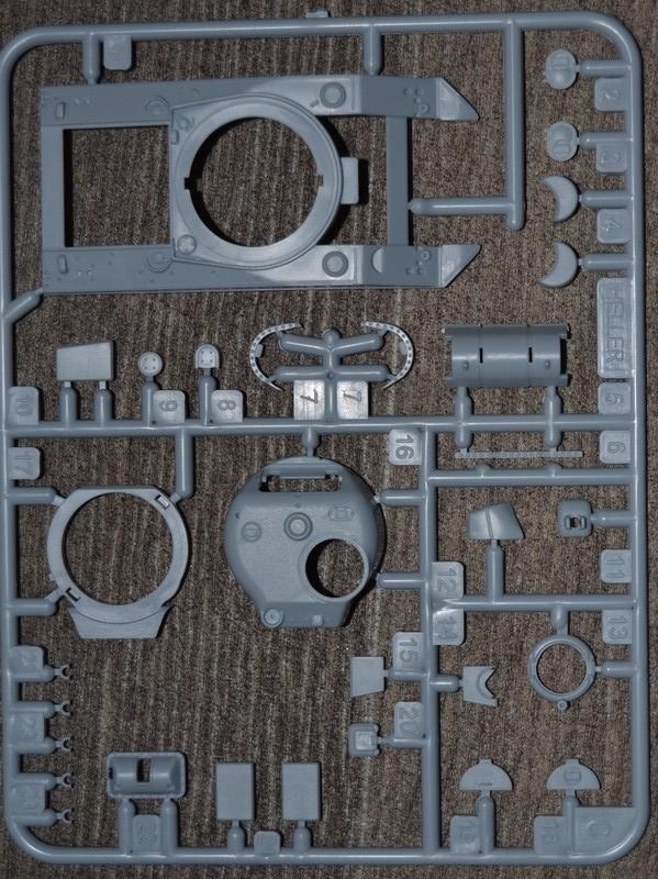 sherman M4 1/72 heller  Dsc_0312