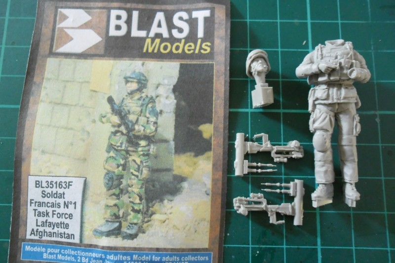 "Opération ""Serval"" figurines Blast Model  Décals FFMSC Prod. 1/35 (trio terminé)  Fig310"