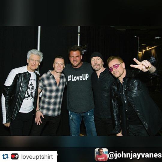 Gli U2 offrono il loro sostegno alla campagna #LoveUp Tumblr13