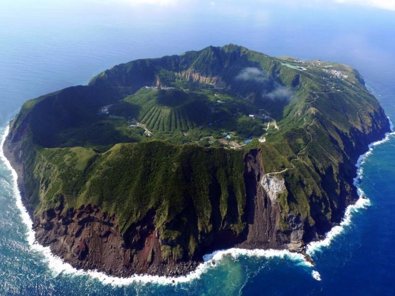 À la découverte d'Aogashima, 113