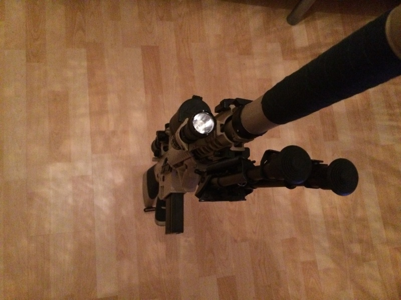 SR25, AK47 tactical, casque base jump Img_0112