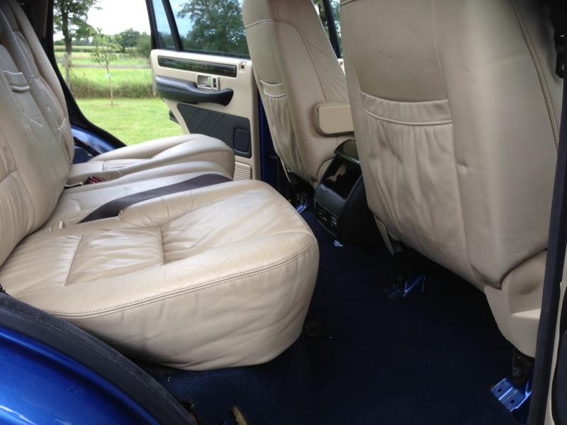 [VDS] Moquette Bleue Range Rover P38 GEN2 Img_1712