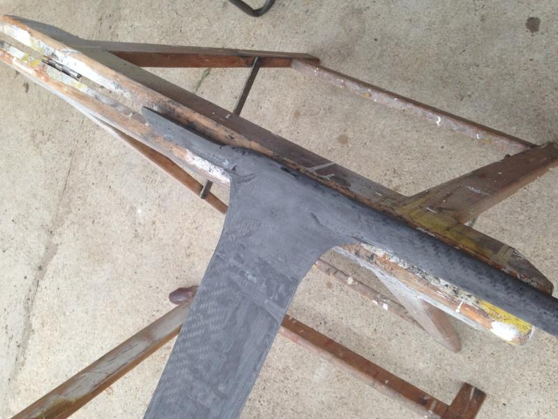 Mât et fuselage avec âme en bois Img_0411