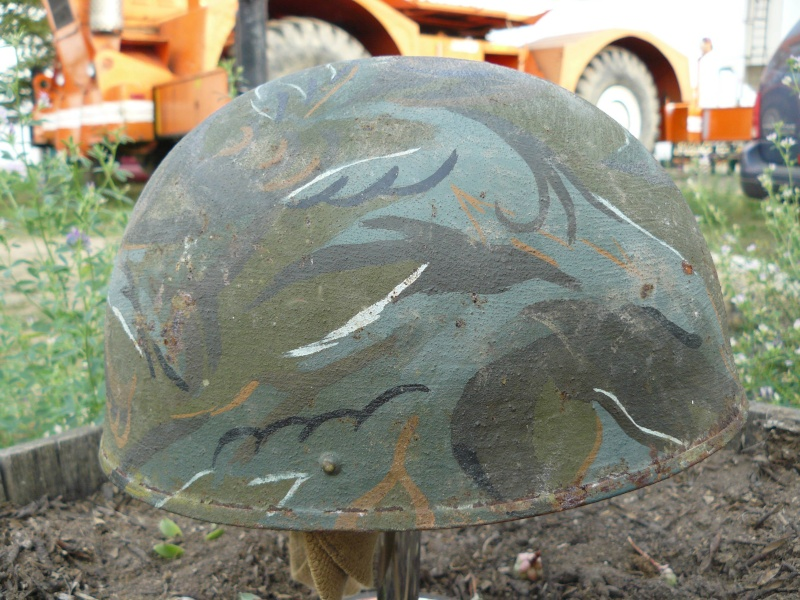 Lets see your favorite worn Canadian/Commonwealth helmets with nice aged patina - Page 3 Pictur23