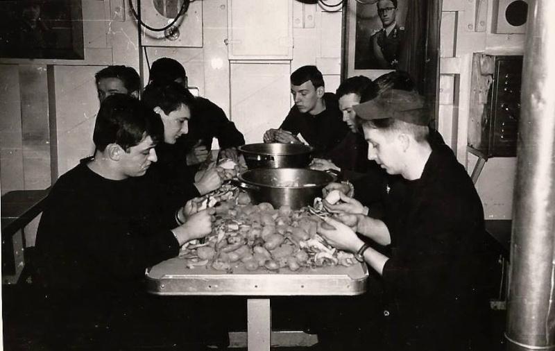 La fin des frégates de la marine belge !? - Page 5 Acorvy11
