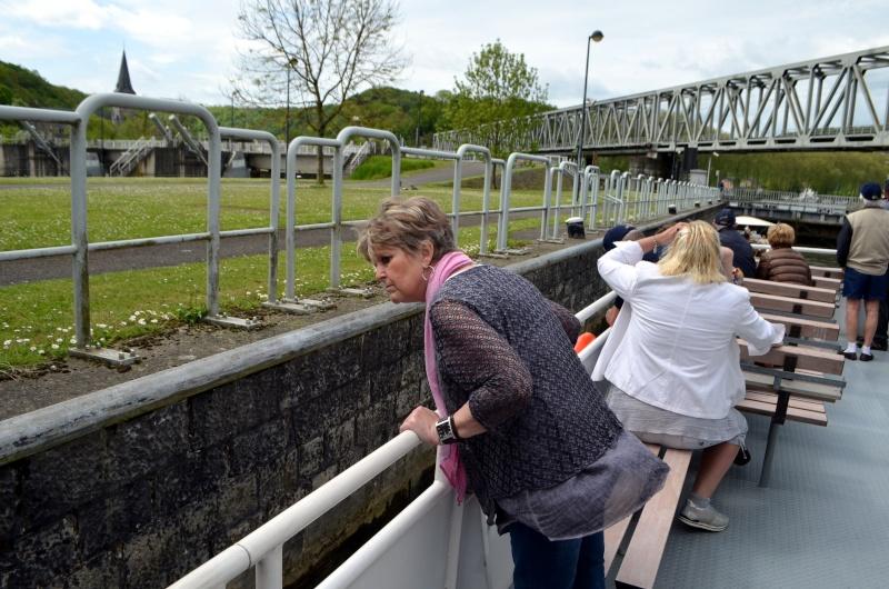 Croisière sur la Meuse le 9 mai 2015 - Page 4 Dinant39