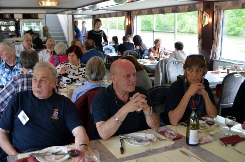 Croisière sur la Meuse le 9 mai 2015 - Page 4 Dinant46