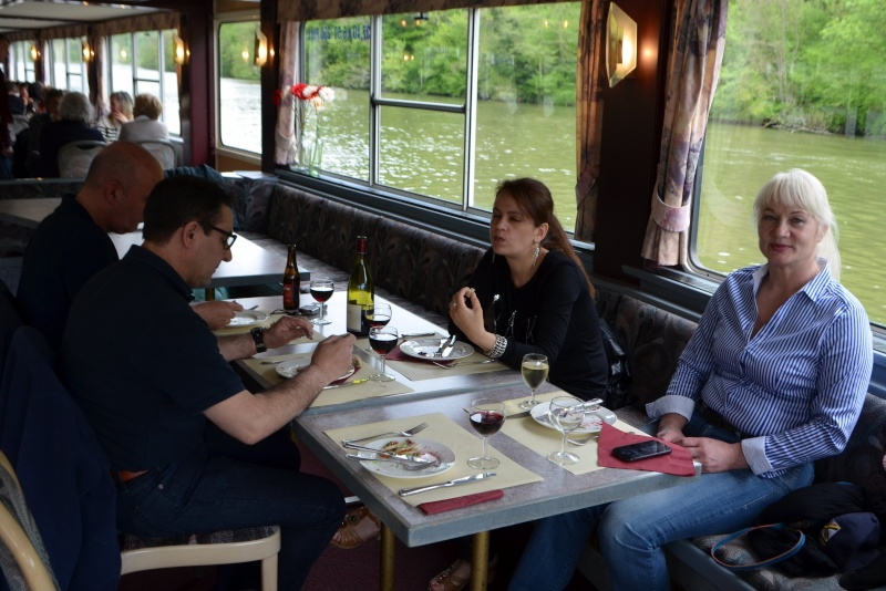 Croisière sur la Meuse le 9 mai 2015 - Page 4 Dinant48