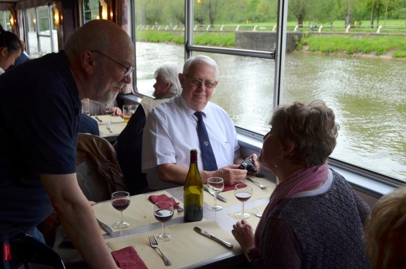 Croisière sur la Meuse le 9 mai 2015 - Page 4 Dinant56