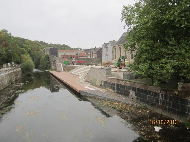 Croisière sur la Meuse le 9 mai 2015 - Page 6 Port_d11