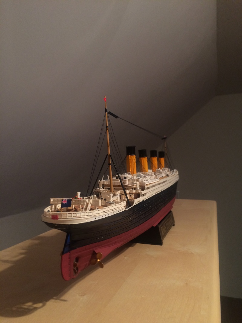 RMS Titanic 1:400 -de chez Revell Img_0713