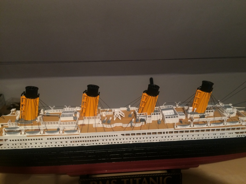 RMS Titanic 1:400 -de chez Revell Img_0720