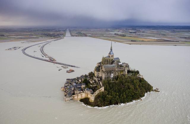 La marée du siécle Le-mon12