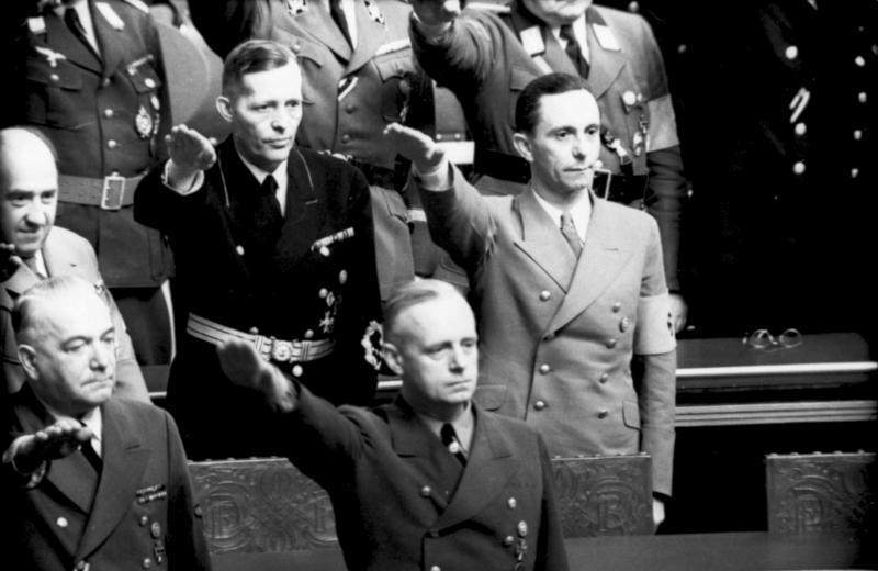Chancelier du Reich ! Bundes12