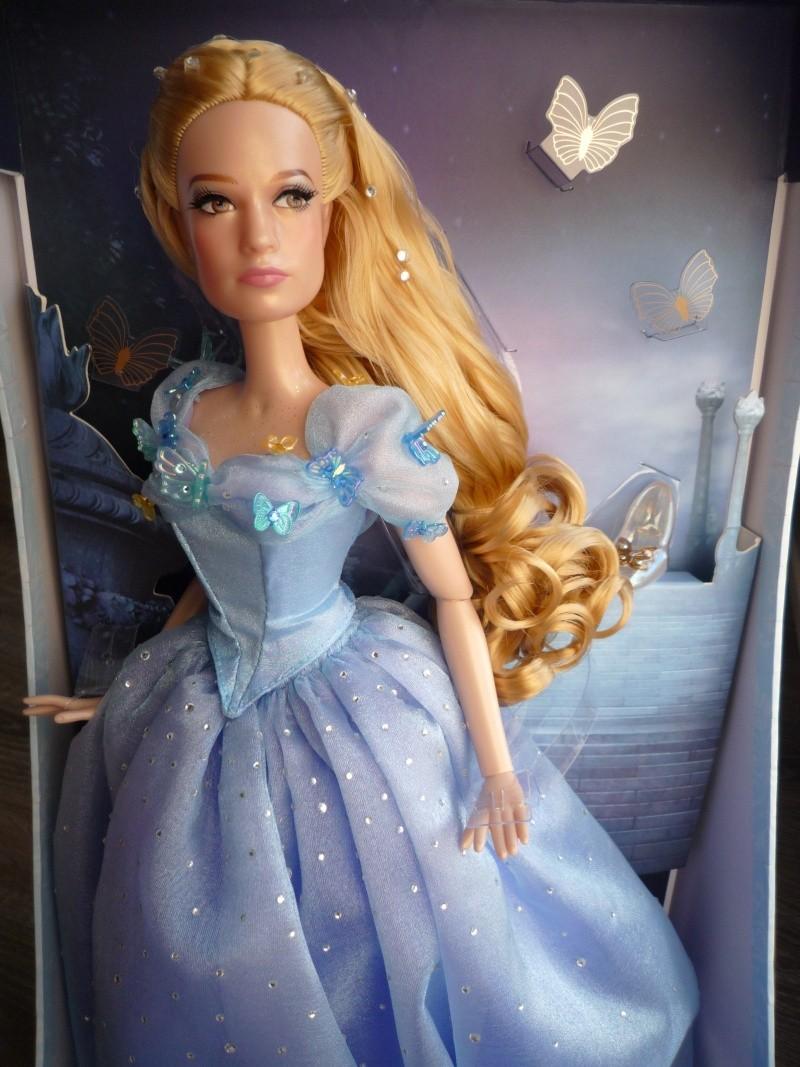 Disney Store Poupées Limited Edition 17'' (depuis 2009) - Page 39 P1030025