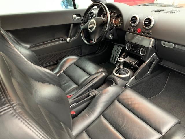 TT 8N de 2000 Audi_210