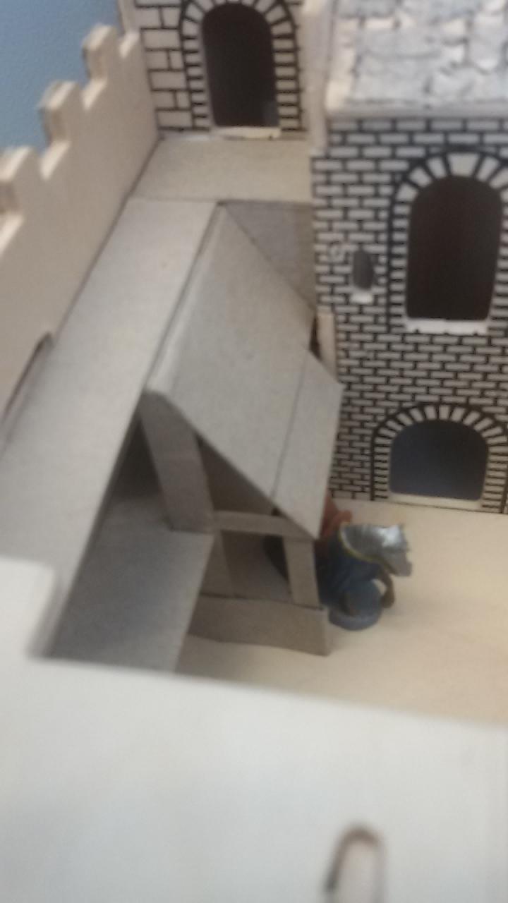 Burg aus Holz zur kompletten Überarbeitung - Seite 5 20150319