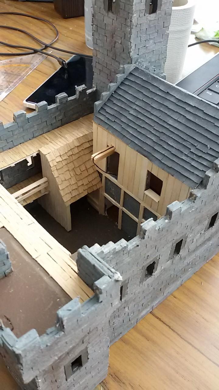 Burg aus Holz zur kompletten Überarbeitung - Seite 10 20150450