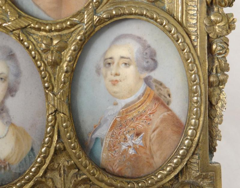 A vendre: miniatures de Marie Antoinette et de ses proches - Page 5 10730411
