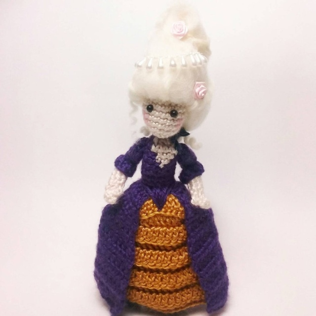 La Reine Marie-Antoinette au crochet Marie_10
