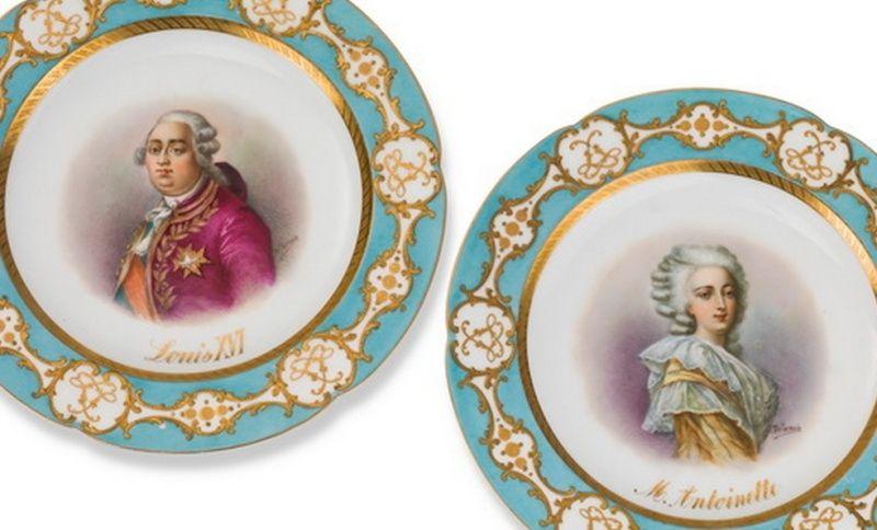 A vendre: Louis XVI et Marie Antoinette - Page 2 Zzzzy10